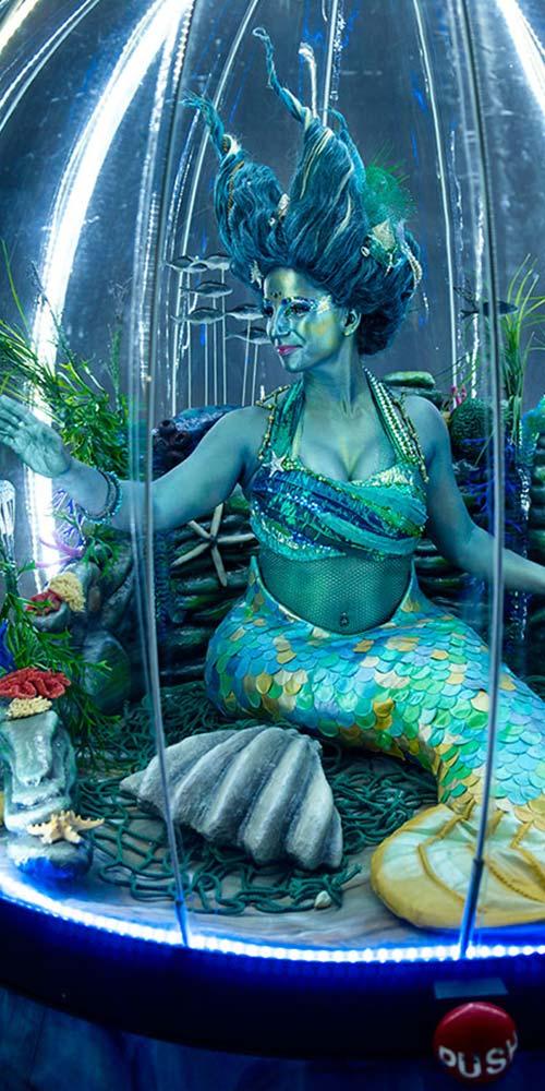 Illuminated mermaid act, the Sea Sphere