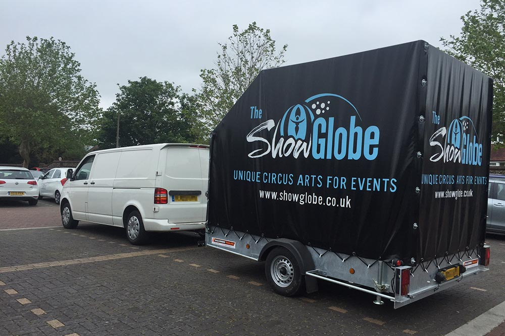 Show Globe Logistics: The-Show Globe van and trailer