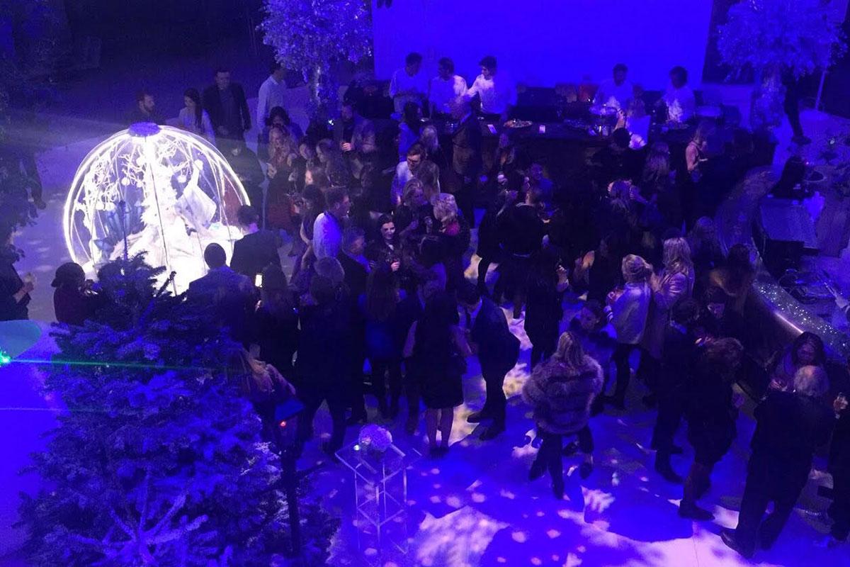 Living Snow Globe entertainment for weddings and civil ceremonies