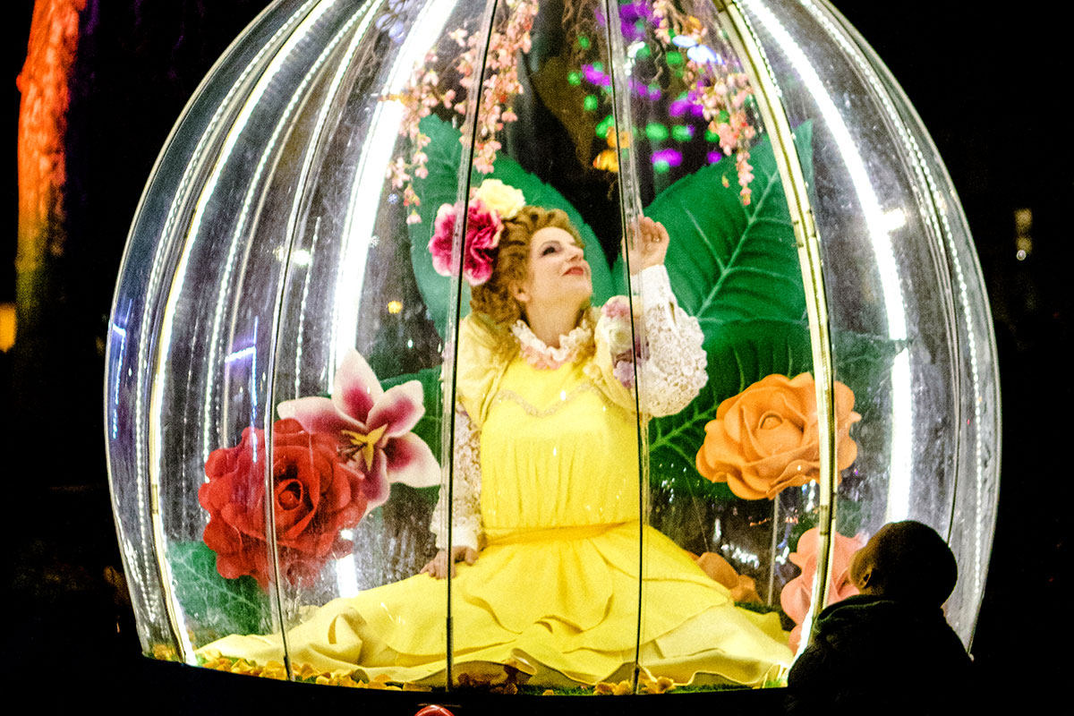 Enchanted Flower Globe entertainment for corporate events